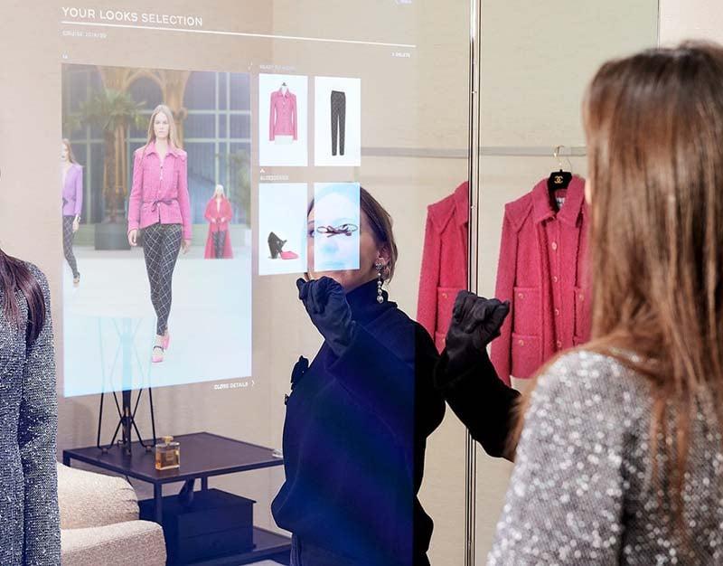Chanel_digital_mirror